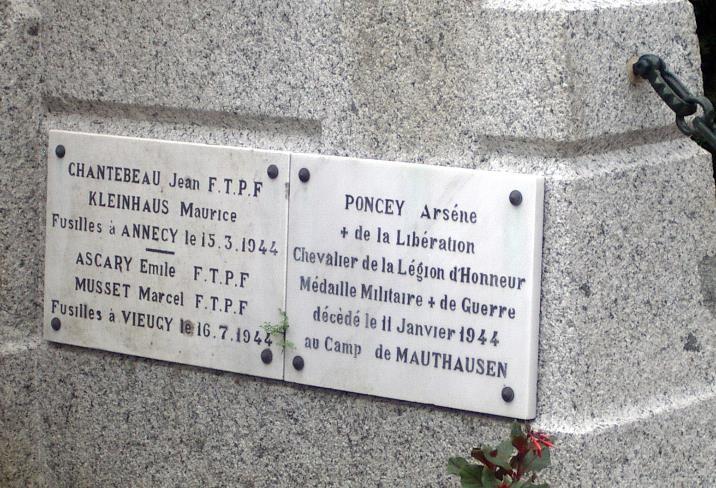 Monument aux morts de Passy : 2e Guerre mondiale suite (cliché Bernard Théry)