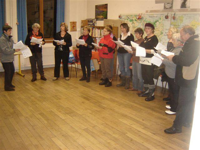 Noël 2012 à Bay : les répétitions...(doc. Les Amis de Bay)