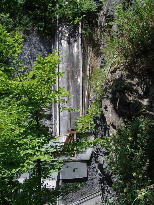 Centrale de la Motte, chute finale avant l'entrée dans la turbine du bas (cliché Bernard Théry)