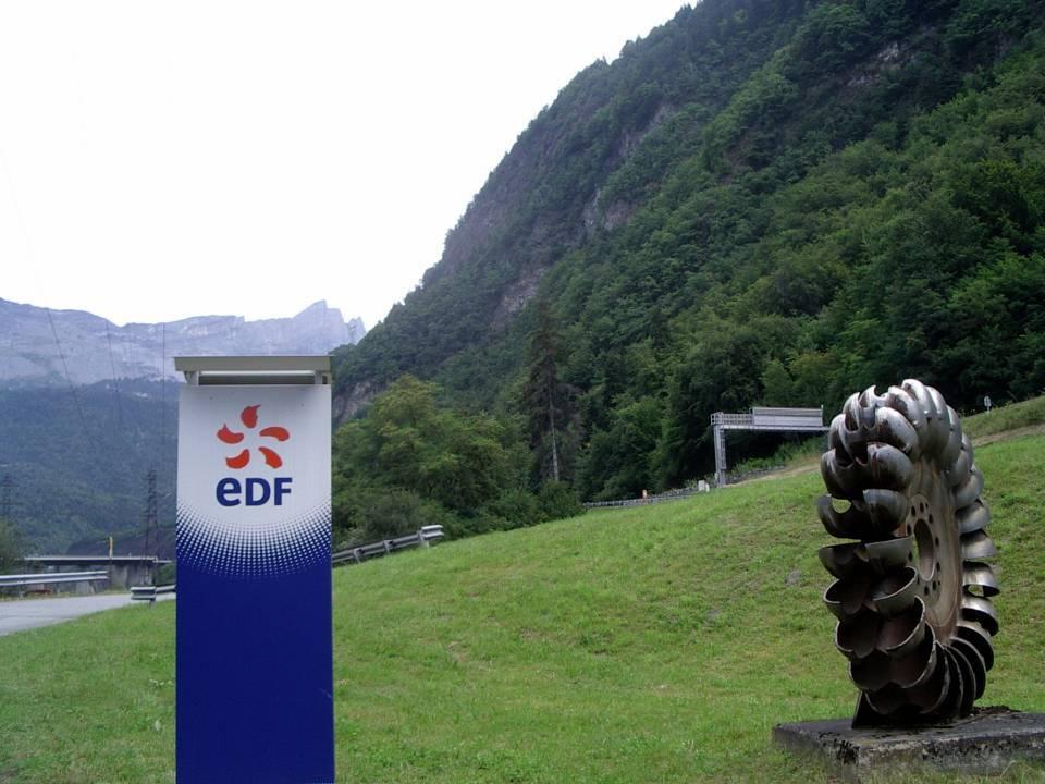 La centrale hydroélectrique E.D.F. de Passy (cliché Bernard Théry)