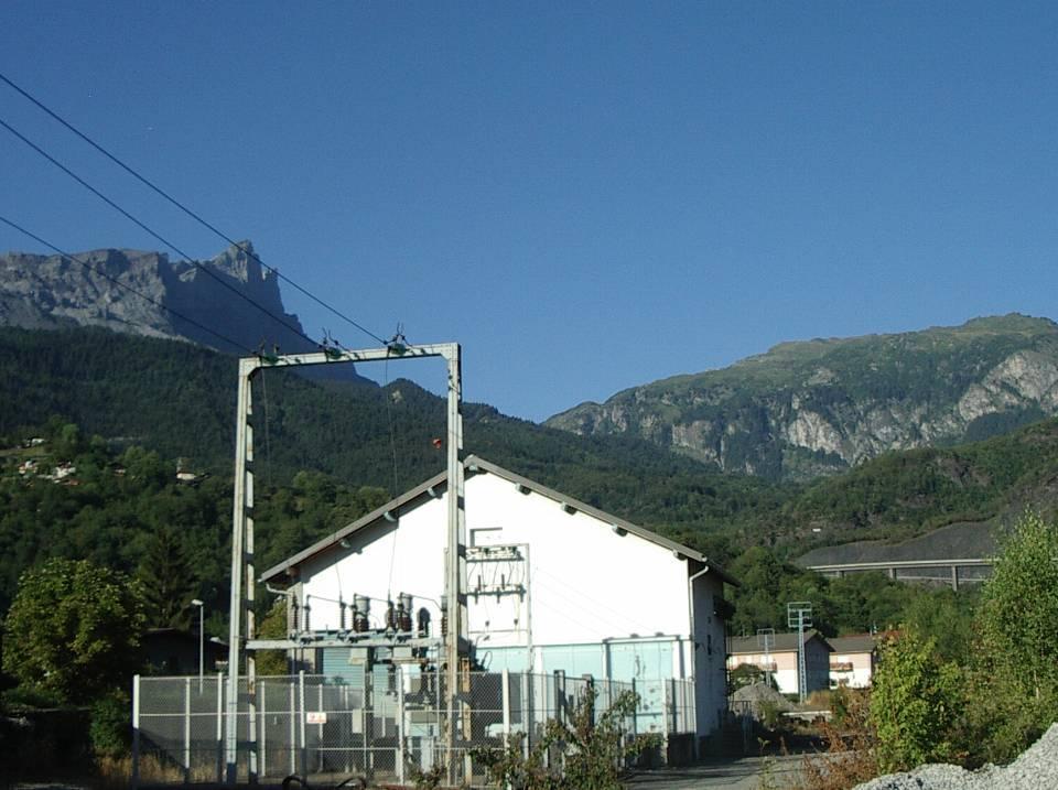 La sous-station EDF de la gare de Chedde installée dans l'ancien entrepôt (cliché Bernard Théry)