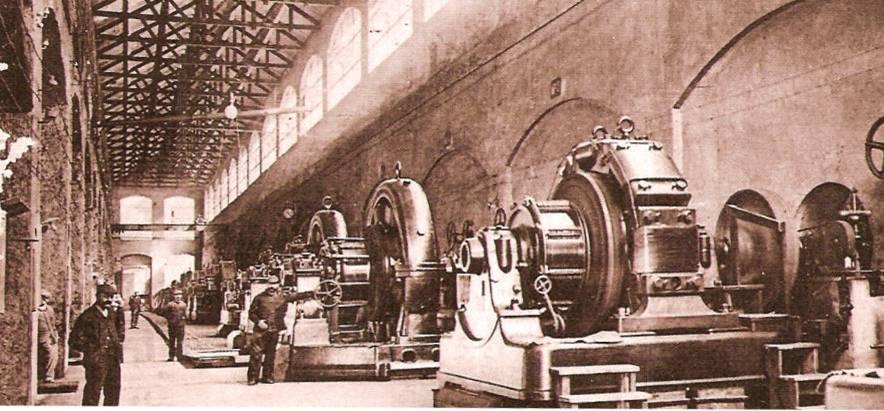 Les alternateurs de la centrale électrique qui alimente l'usine de Chedde (Pierre Dupraz, Traditions et évolutions, p. 106, coll. Serge Ravasi)