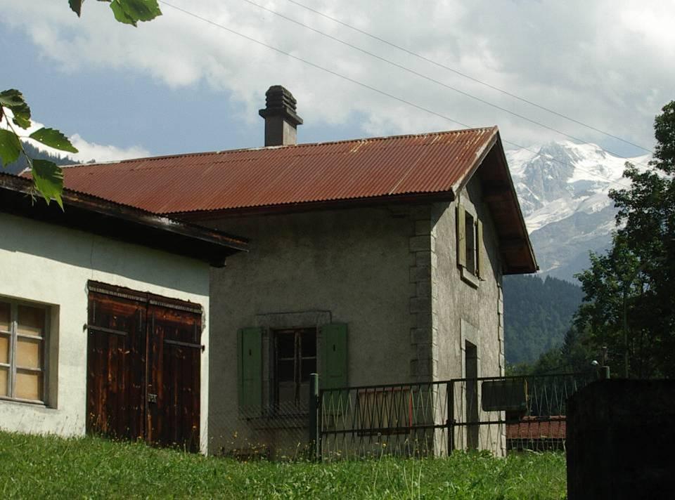 La maison du gardien du barrage (cliché Bernard Théry)