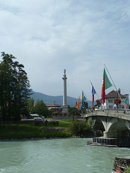 Pont de Bonneville et colonne Charles Félix