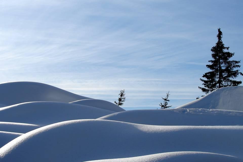 Féerie des courbes et de la neige aux Ayères, à Passy (doc. J .P. Fivel, janvier 2013)