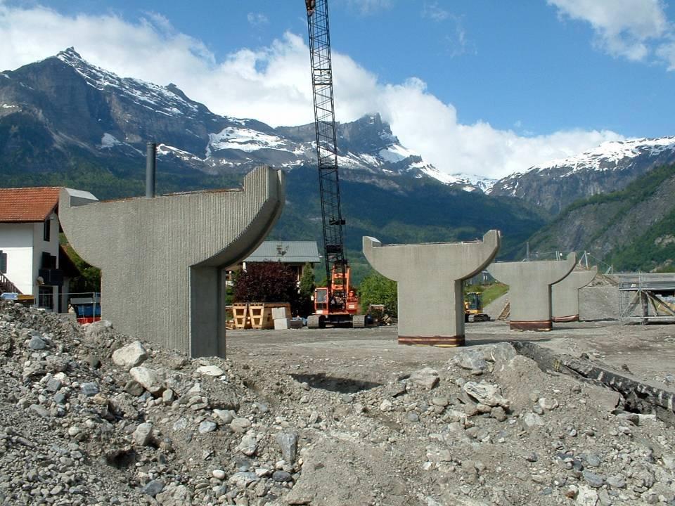 Les piles du pont de l'Aérodrome décoffrées, 2 juin 2013 (Doc. J. Conti)