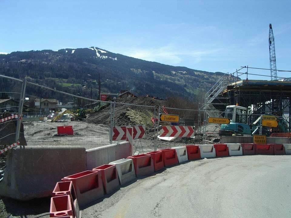 démolition de l'ancien pont SNCF de l'Aérodrome, 14 avril 2013 (cliché Bernard Théry)