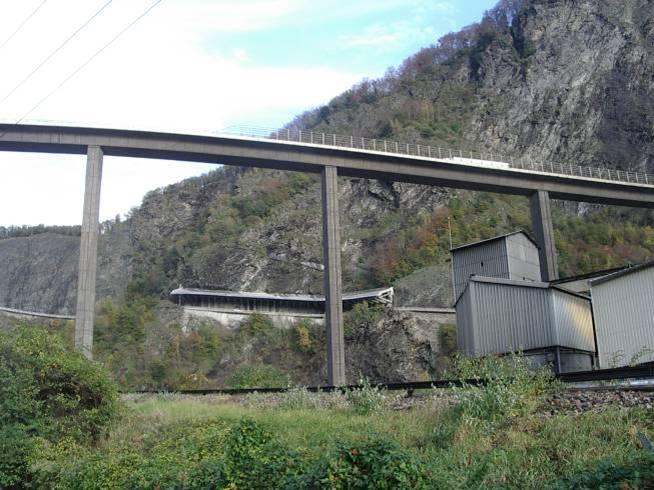 Fin du chantier de la casquette des Egratz et réouverture de la voie descendante (cliché Bernard Théry, 7 novembre 2013)