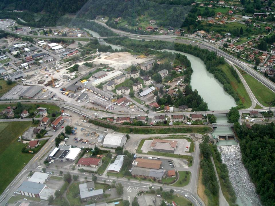 Pont sncf de l'Aérodrome, Passy, vue aérienne 27 juin 2013(cliché Bernard Théry, pilote roland Sarkis)
