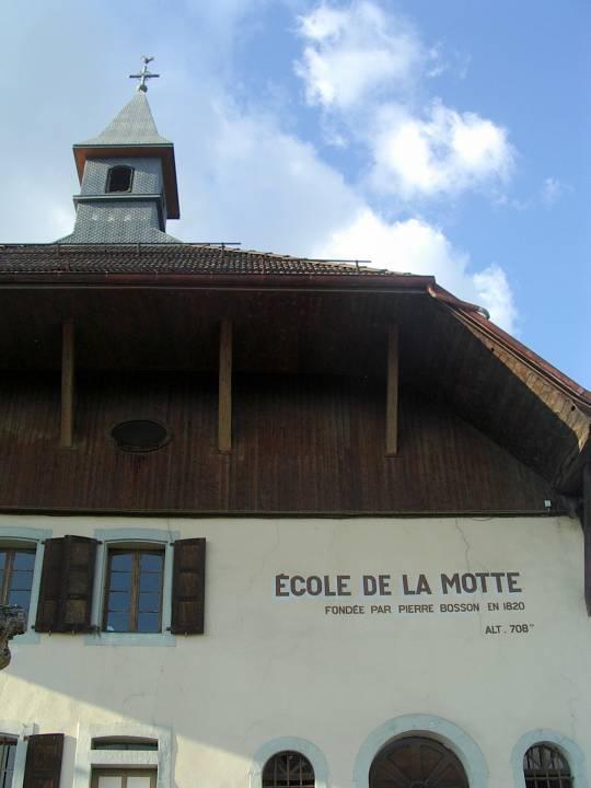 L'école de la Motte, fondation Bosson (cliché Bernard Théry)