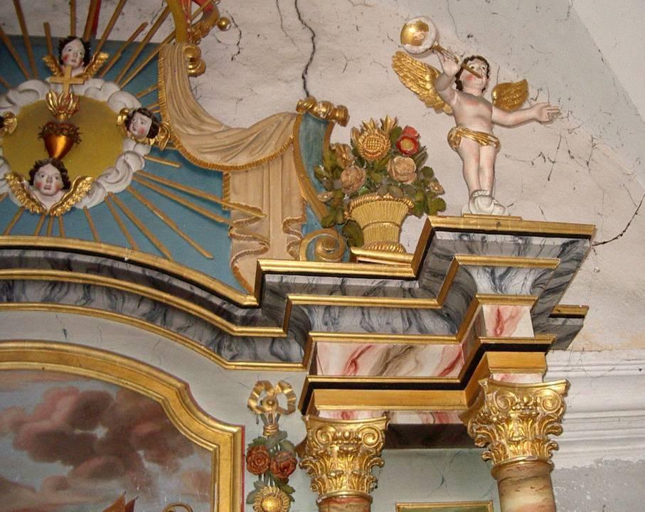 Retable de la chapelle de Maffrey, haut de la partie droite (cliché Bernard Théry, 2013)