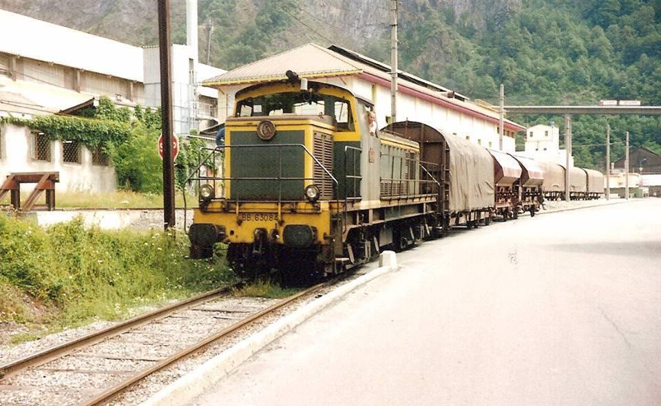 Desserte de l'usine vers la gare de Chedde (Doc. Lucien Sirop, août 1991)