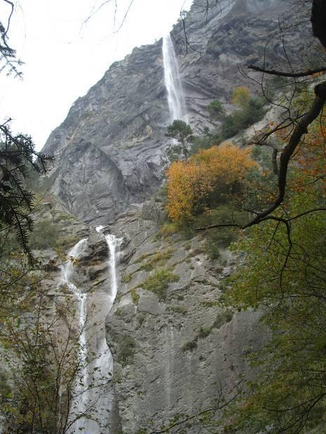 La cascade d'Arpenaz en octobre 2012 (cliché Bernard Théry)