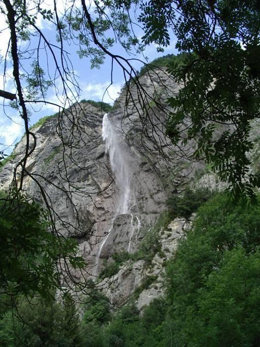 La cascade d'Arpenaz en juillet 2009 (cliché Bernard Théry)