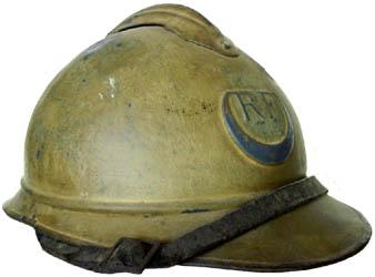 Casque Adrian des troupes d'Afrique : tirailleurs avec croissant bleu (site world-war-helmets.com)