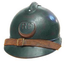 Casque Adrian des troupes d'Afrique : zouaves avec croissant rouge (site world-war-helmets.com)