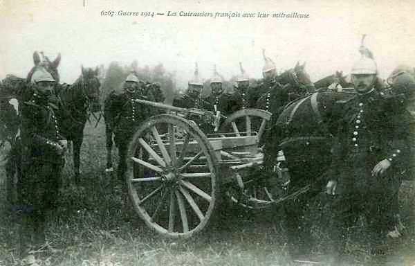 Cuirassiers français avec leur mitrailleuse (site sambre-marne-yser.be)