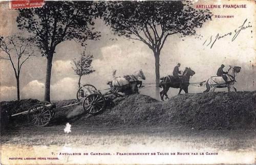 Artillerie de campagne : franchissement de talus de route par le canon (site resistanceinventerre)
