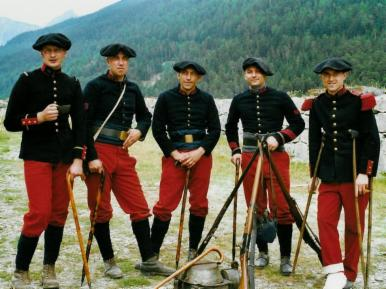 Uniformes des régiments d'infanterie alpine (Internet)