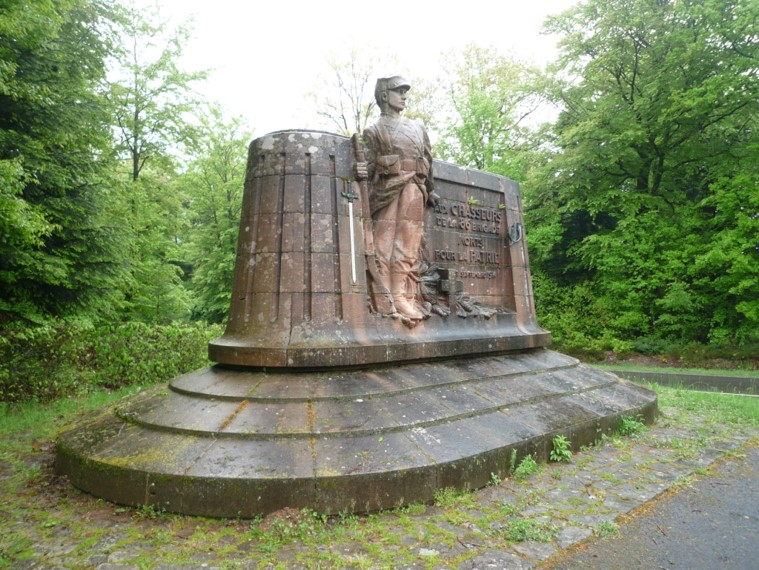 Monument du col de la Chipotte (site clg-centre-gap.ac-aix-marseille)