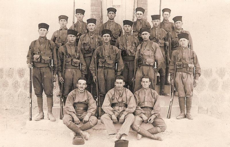 Groupe de spahis en 14-18 (Doc. Jean Perroud, Passy)