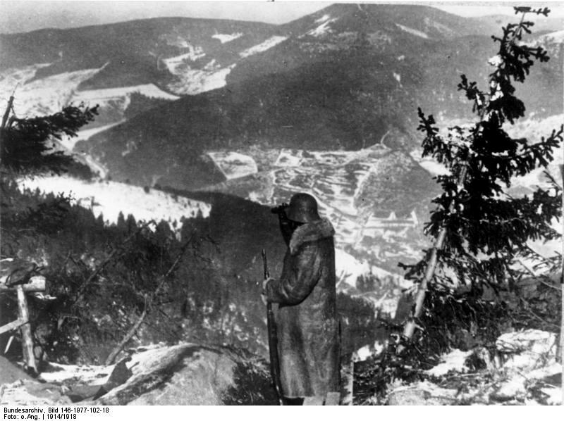 Soldat allemand près du Hartmannswillerkopf (Wikipedia, art. bataille du Hartmannswillerkopf)