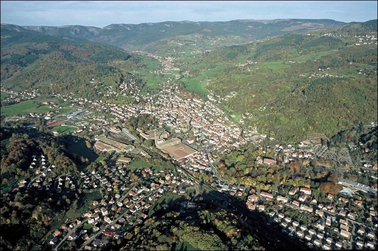 Vue aérienne de Munster, Ph. : Robert Stantina, 2005 (site munster.alsace/territoire)