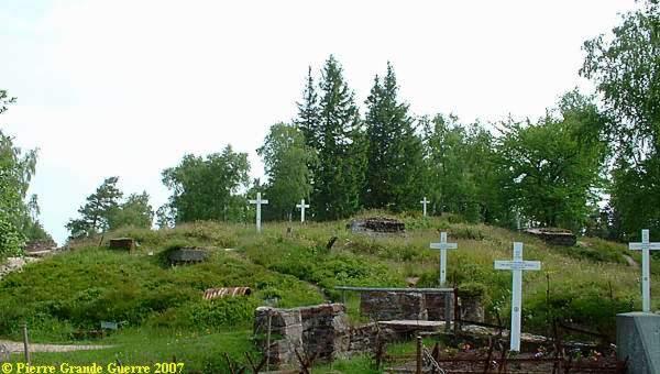Tombes sur le Linge (site pierreswesternfront.punt.nl)