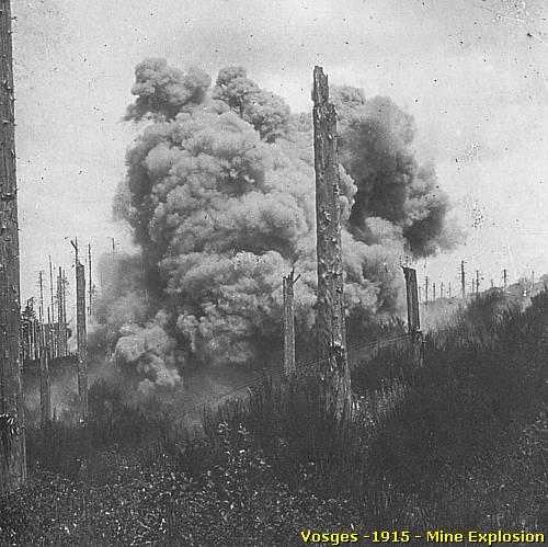 Explosion d'une mine en 1915 (site pierreswesternfront.punt.nl)