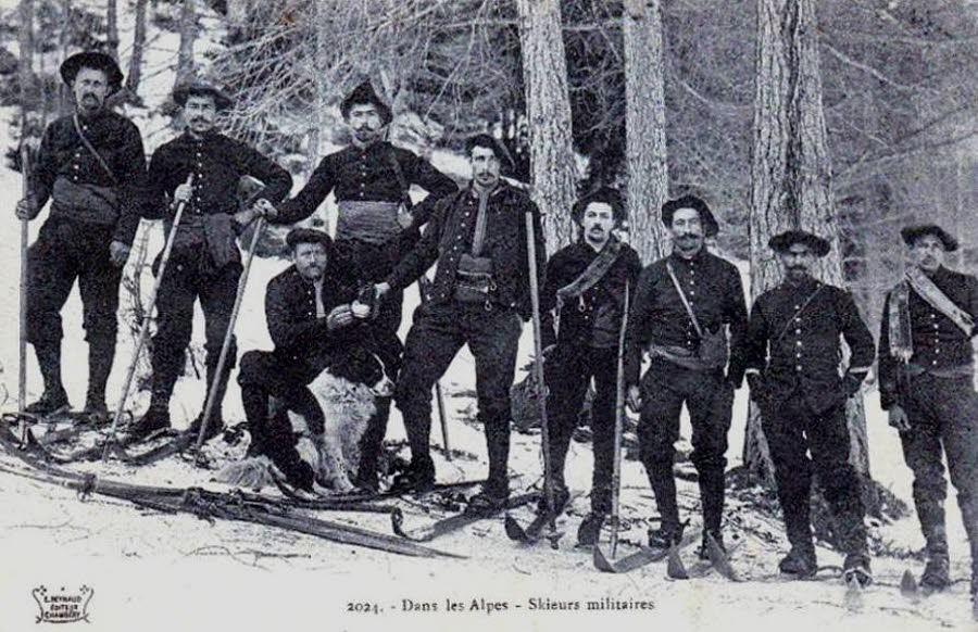 Skieurs militaires dans les Alpes (RIA) (site ledauphine.com)