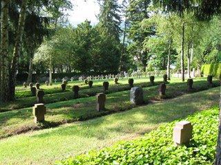 Le carré militaire du cimetière de Munster (site lencrierdupoilu.free.fr)