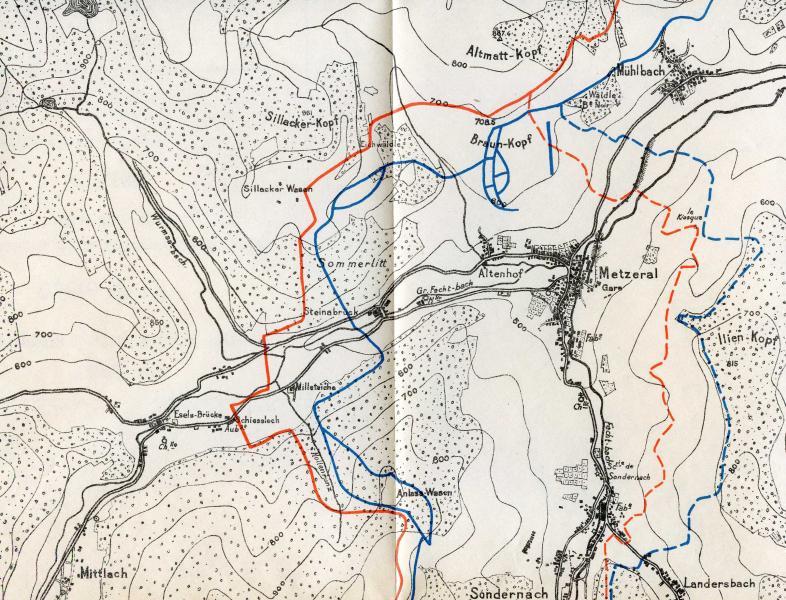 Carte (échelle: 1/20.000) montrant la zone des attaques autour de Metzeral avec le tracé des lignes françaises et allemandes les 13 et 23 juin 1915, respectivement en trait plein et pointillé (Site pages14-18)