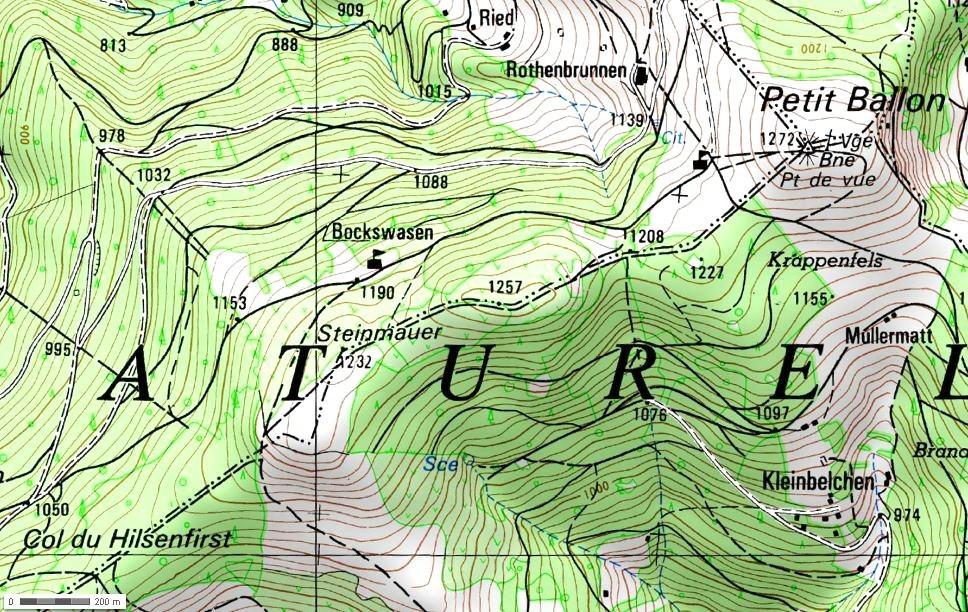 Steinmauer et le Col du Hilsenfirst (site img.over-blog-kiwi.com)