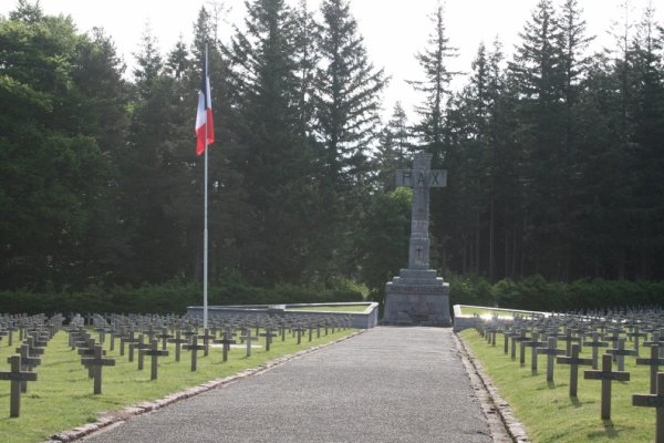 Orbey - Nécropole nationale Le Wettstein, cimetière des Chasseurs, cimetière du Linge (site artois1418.skyrock.com)
