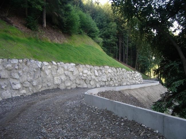 Création de la piste forestière EDF de Passy, juillet 2013
