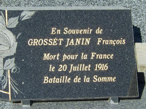 Plaque déposée sur le caveau de la famille Grosset-Janin au cimetière de Passy (cliché Bernard Théry)