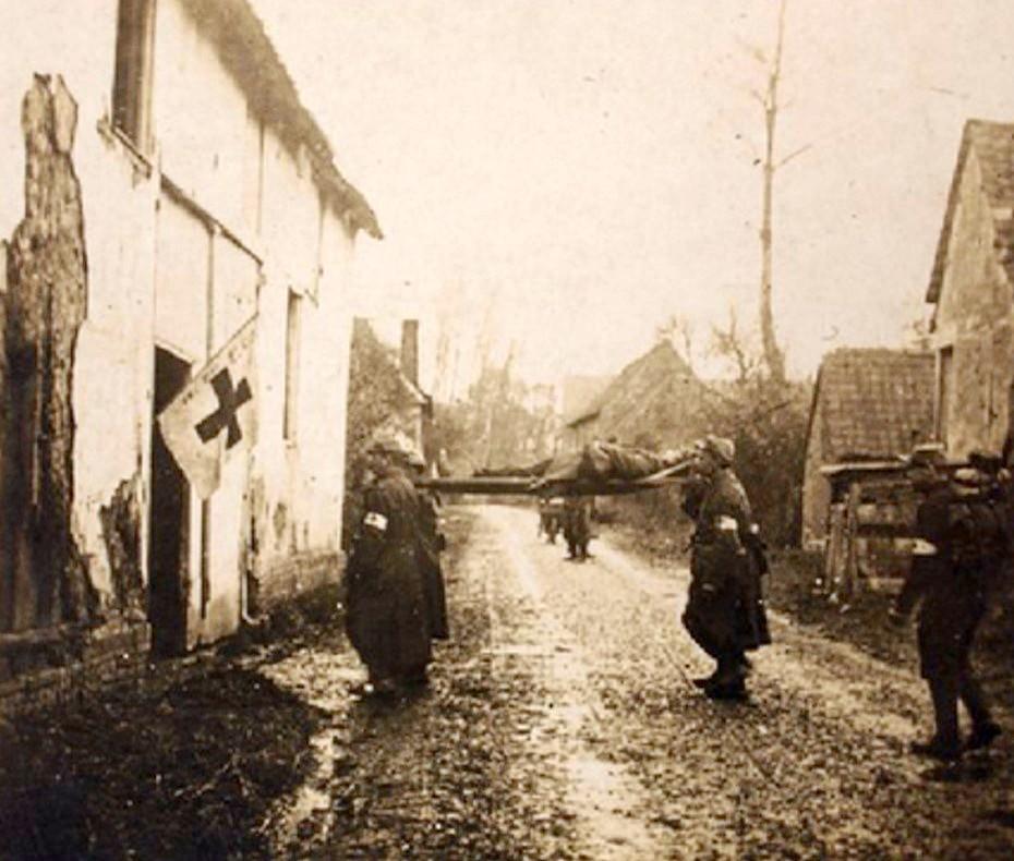 Ambulance (poste de secours) à Foucaucourt-en-Santerre (site de la commune de Marlens)