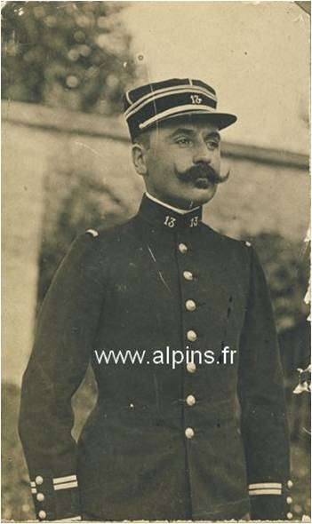 Un lieutenant du 13e BCAP peu avant la guerre (Site alpins.fr)