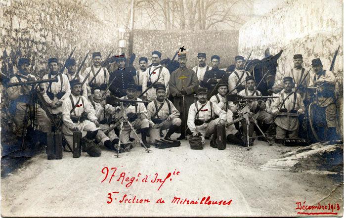 : 97e RI, 3e section de mitrailleuses en décembre 1913 (Site alpins.fr)