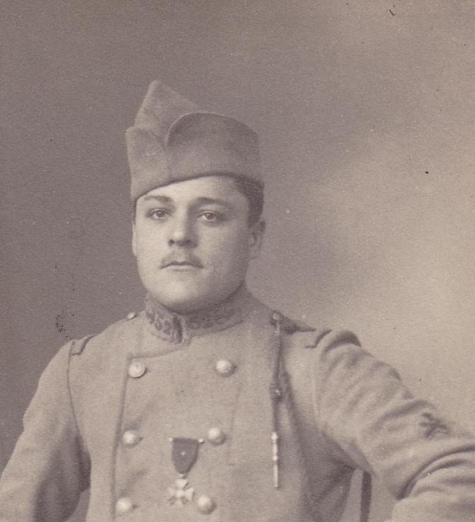 Un soldat du 52e RI, classe 1917 (site pages14-18)