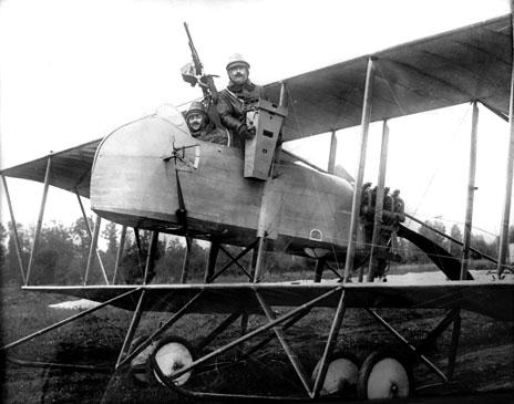 Lt André Louis Brault, pilote et commandant de l'escadrille MF 14 (site albindenis)