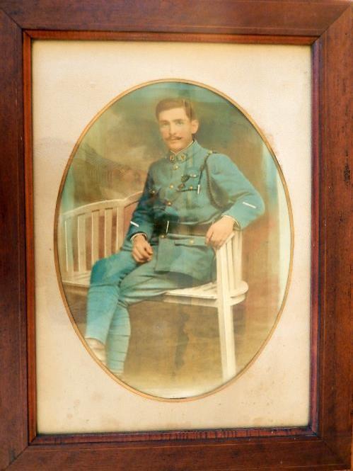 Portrait de Joseph Perroud en uniforme de sergent (doc. Marcel Perroud)