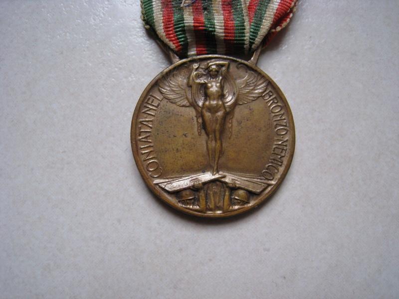 Médaille italienne : « Guerre pour l'unité de l'Italie, 1915-1918 », revers