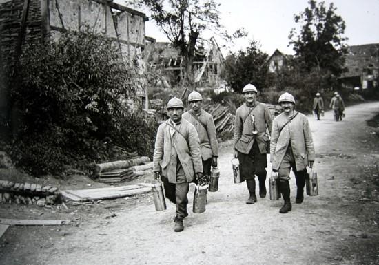 Les ravitailleurs (site voyageurs-du-temps.fr)