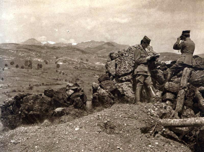 Le Skra di Legen vu de la Crête Violette (site pages14-18.mesdiscussiosn.net, artillerie colonial, sujet 11018)