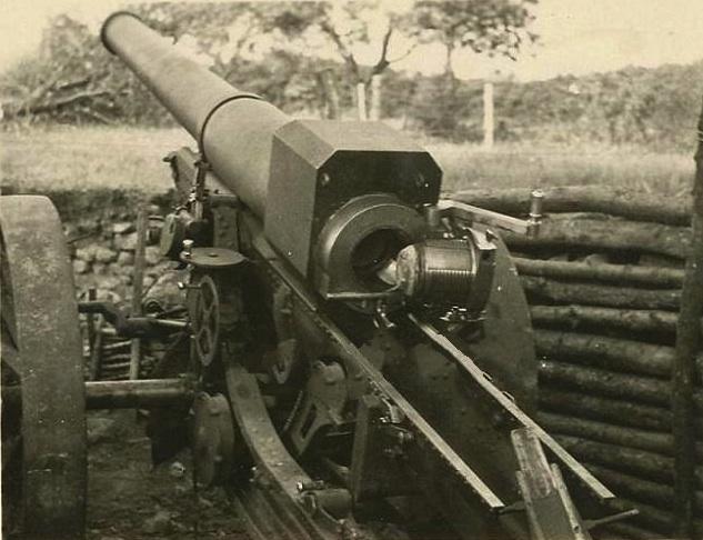 Canon de 155 Schneider, modèle septembre 1918 (site lanship.info)