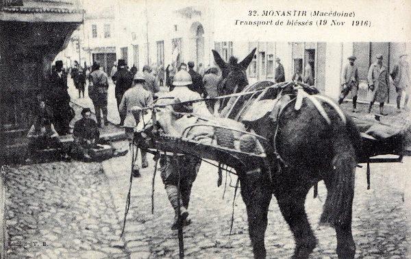 Transport de blessés à Monastir, Macédoine (site enenvor.fr)