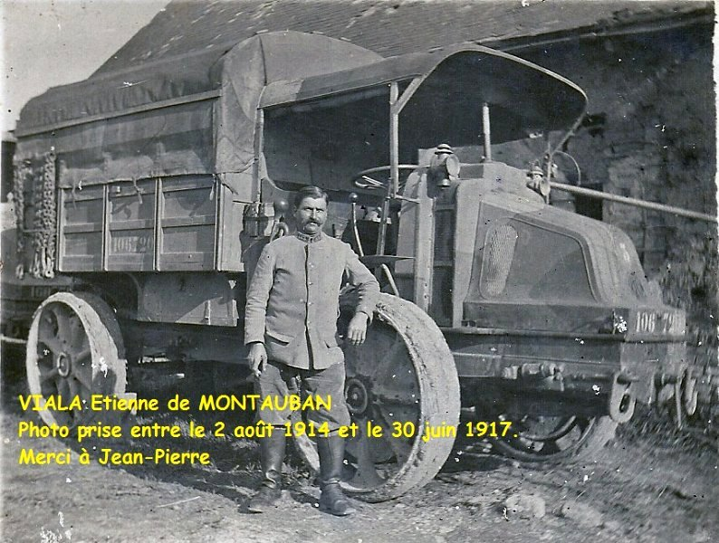 Exemple d'uniforme d'un soldat du 17e escadron du train.