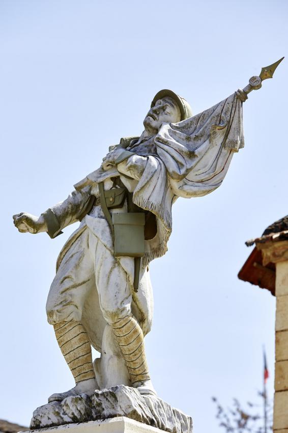 Le soldat du monument aux morts de Campagnac-les-Quercy, Dordogne (site monumentsmorts.univ-lille3.fr)