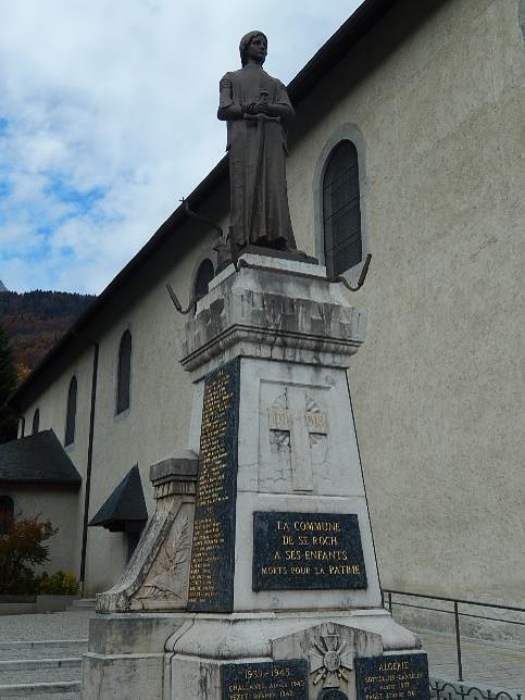 La Jeanne d'Arc du monument aux morts de St-Roch à Sallanches (cliché Bernard Théry)